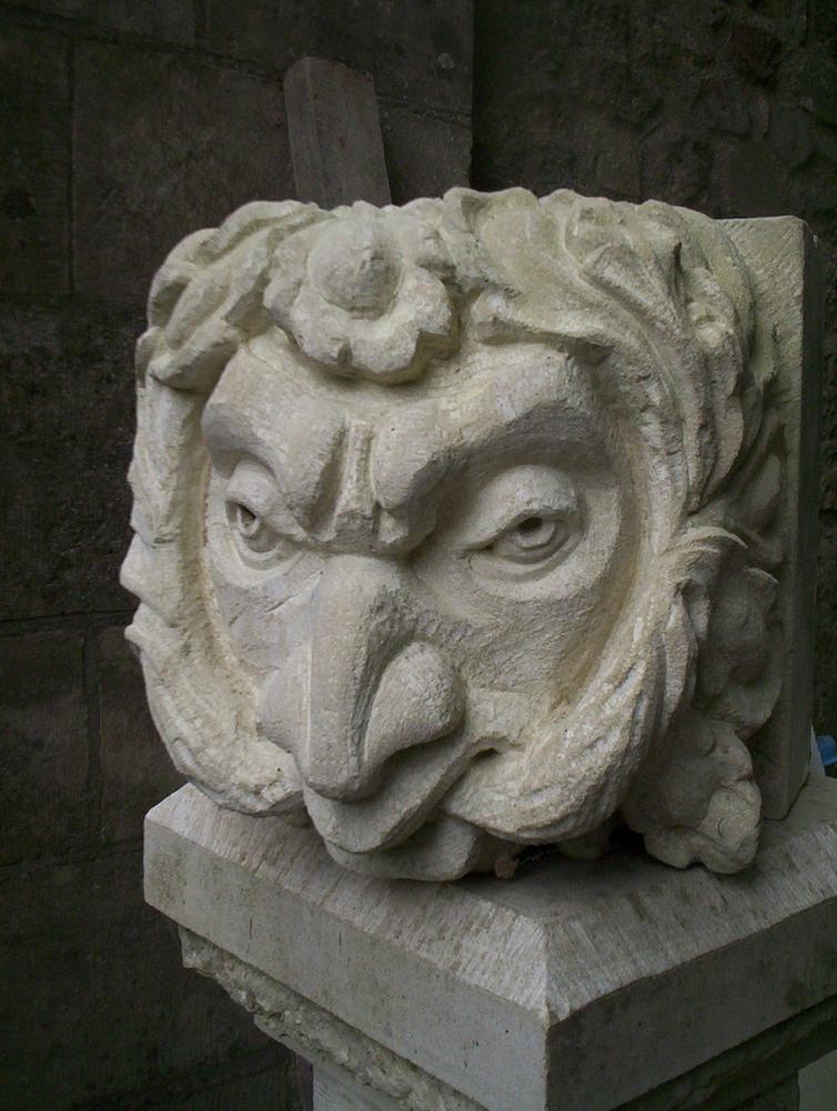 Harry Jonas Stonemasonry - Carvings - 004