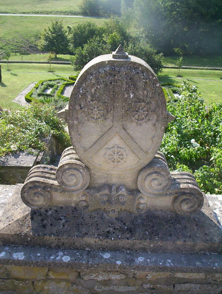 Harry Jonas Stonemasonry - Carvings - 005