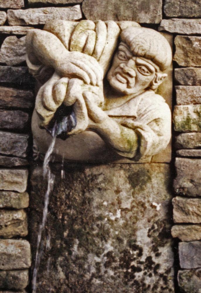 Harry Jonas Stonemasonry - Carvings - 026