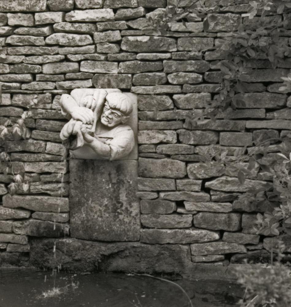 Harry Jonas Stonemasonry - Carvings - 028