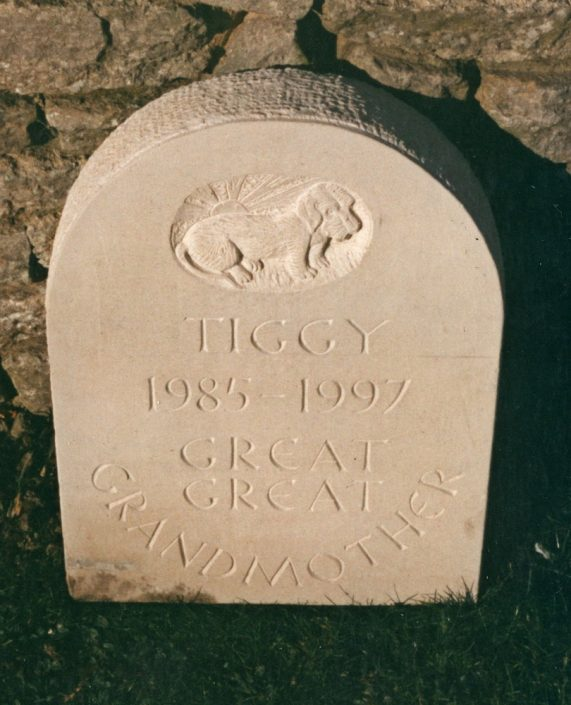 Harry Jonas Stonemasonry - Headstones - 021
