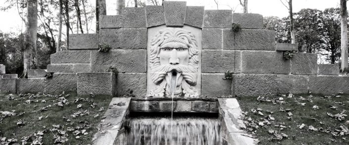 Harry Jonas Stonemasonry - Large Green Man Fountain - bw