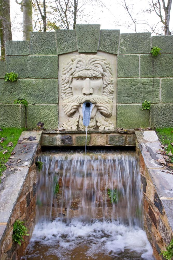 Large Green Man Fountain 2