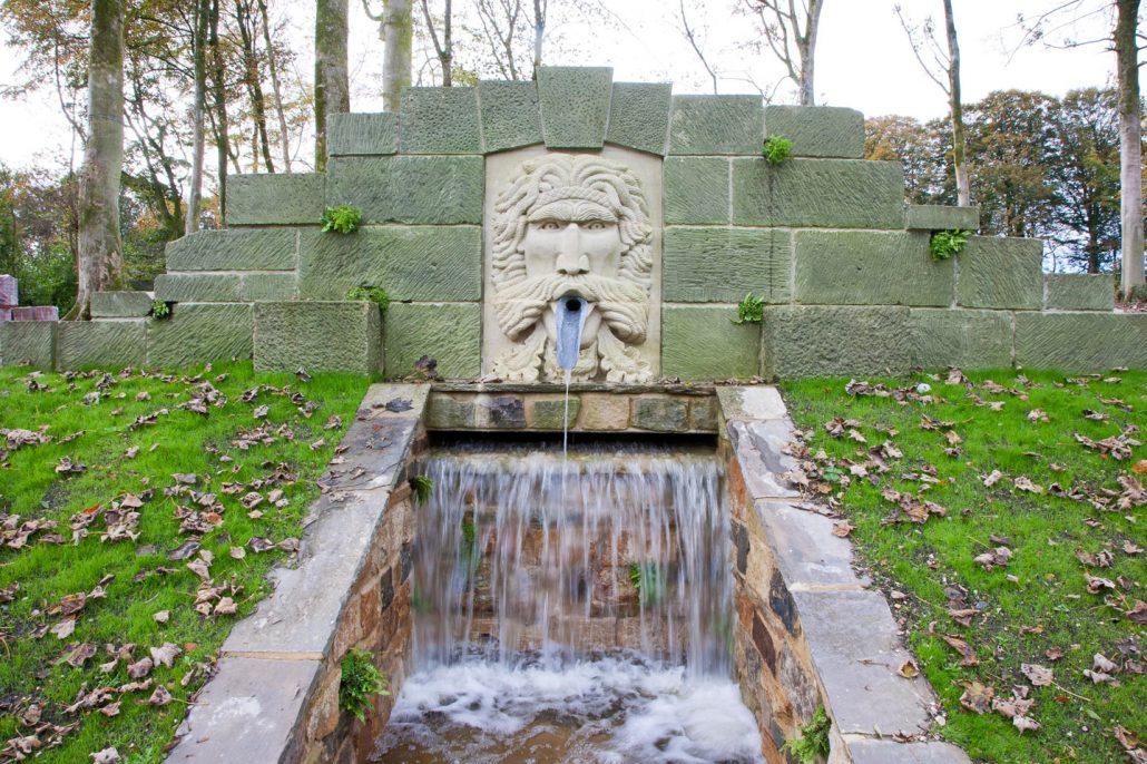 Large Green Man Fountain 3